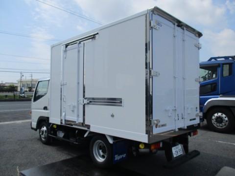三菱 2t 冷蔵冷凍車